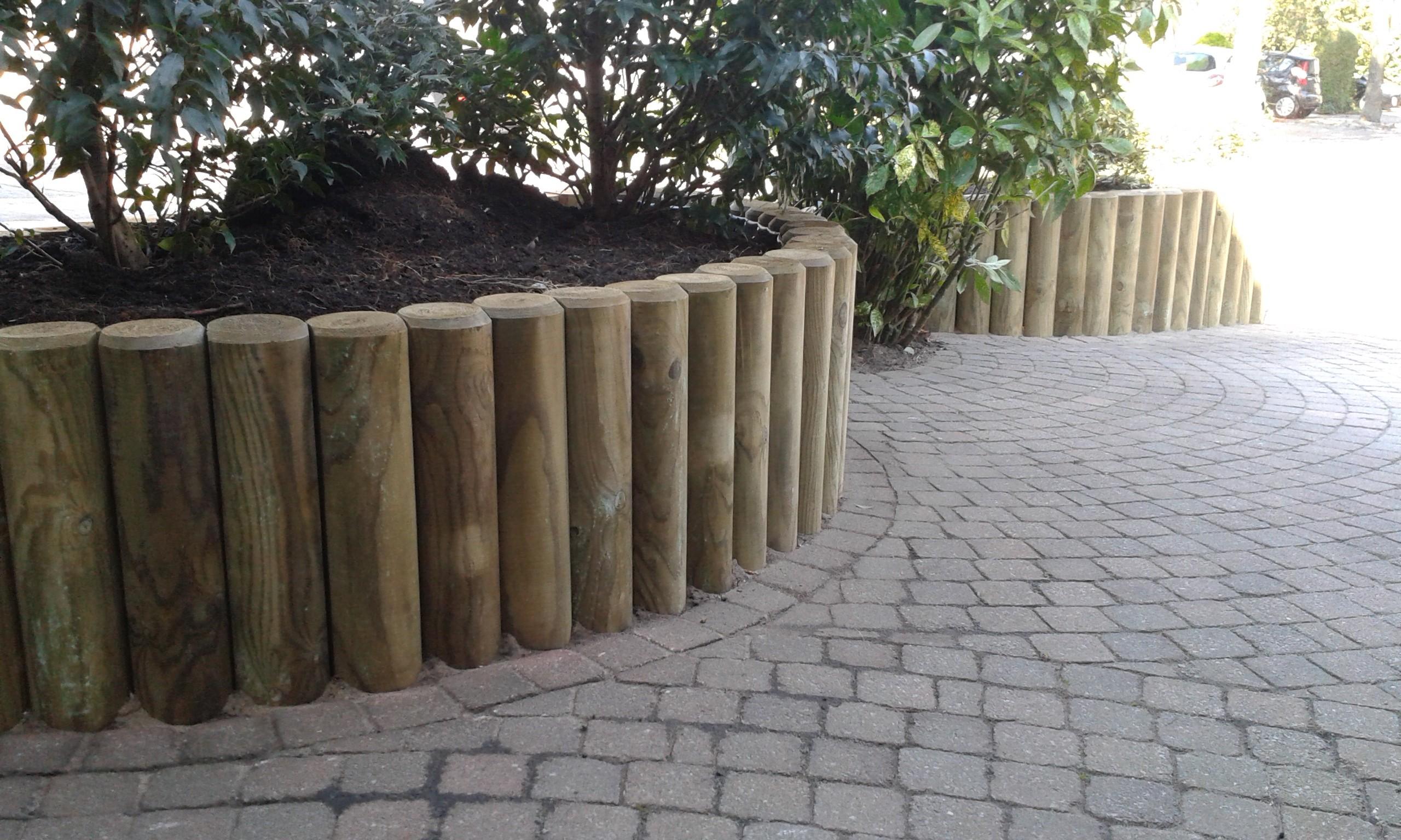Tuin Houten Palen : Moderne duurzame tuin met robuust materiaal van jaarsveld tuinen